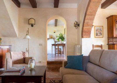 Podere Vigliano Farmhouse Umbria interior 05-1500