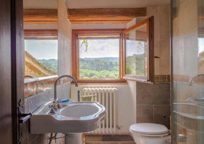 Podere Vigliano Farmhouse Umbria interior 12-1500